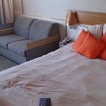 Lit double et sofa