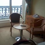 seating area in room 103