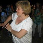Ornella, serata danzante in spiaggia