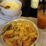 Fettuccine com molho branco e pancetta (delicioso)