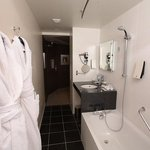 High standard Executive Corner Bathroom