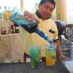 barman a la piscine
