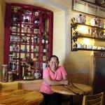 Yaya Liza inside Cafe Uno