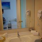 Bathroom - washing basin