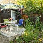 Cottage Room Garden patio