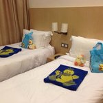 Kids bedroom with compl gifts