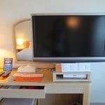 シャープ・アクオス40型TV