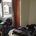 chambre 23 trés petite
