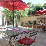 Petit déjeuner Patio Villa Azur Golf