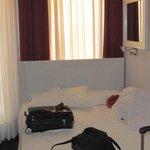 Bed room 102