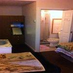 3 bedded bedroom