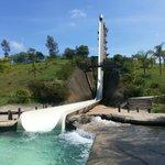 Toboágua gigante e área do Rapel, tirolesa e arvorismo