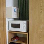 microonde, frigobar e cassaforte