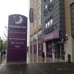 outside of premier inn croydon town centre