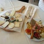Antipasto di formaggi e della casa