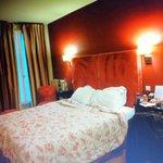 Nice triple room, loved it!