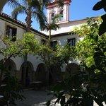 Courtyard from entrance of reception to Habitaciones