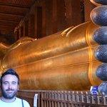 Buda tumbado de 50 metros