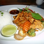Chicken with cashew nuts, rice, & veggies