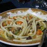 паста (похожа на макароны с супом) но вкусно