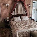 """Classic"" room, small but elegant"