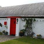 Traditional Irish Cottage on way to Malin Head
