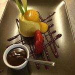 semifreddo con salsa al cioccolato