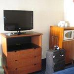 HDTV, Microwave & Half-Refrigerator