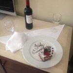 Detalle en la suite para celebrar el cumpleaños