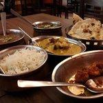 Gobi Manchurian, dhal makani, palak paneer, garlic naan, jeera rice