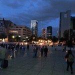 Caminata nocturna alrededor del monumento a la Revolución