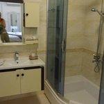 Vue de la salle de bains chambre supérieure