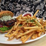 Gorgonzola burger with fries