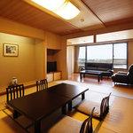 標準客室【東新館】2005年4月リニューアルOPENした広々とした12畳の和室