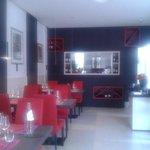 L'Utopia (sala ristorante con cucina a vista)