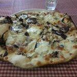 Pizza bianca (bassa croccante, splendida)