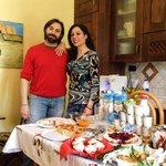 I nostri cari neoamici Claudio e Valentina con le loro delizie della colazione