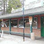 Pierpoint Springs Resort Restaurant