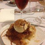 Apple tart with Malagan dessert wine
