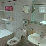 Sanitärbereich Zimmer 203