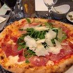Pizza regno di Napoli, excellente!!!