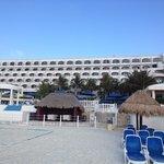 Hotel from da beach