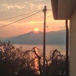 """Blick auf Sonnenuntergang von """"Villa Marina"""""""