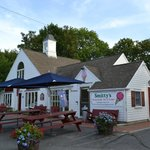 Smitty's ice-cream parlour
