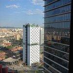Visuale dalla camera (20º piano, camera 2011)
