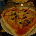 Pizza - 6,40 euros