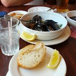 Yummy mussels and bread for dipping. My favorite!