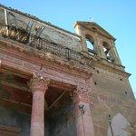 La chiesa sul corso nel 2006 senza transenne