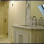 Victoria Room Bath