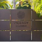 Viceroy Zihuatanejo Entrance